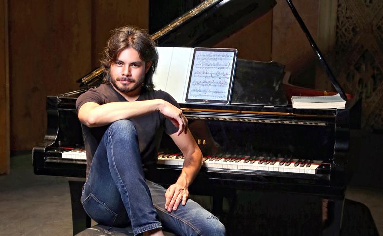 Covid 19 Pianista Lagunero Ricardo Acosta Ofrece Conciertos Virtuales