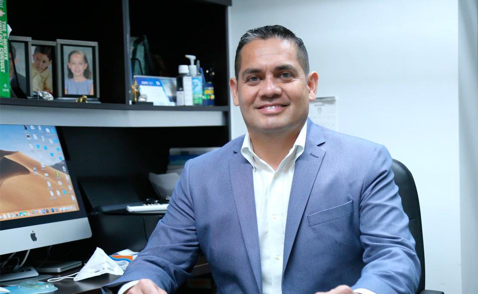 Gerardo Espino 1