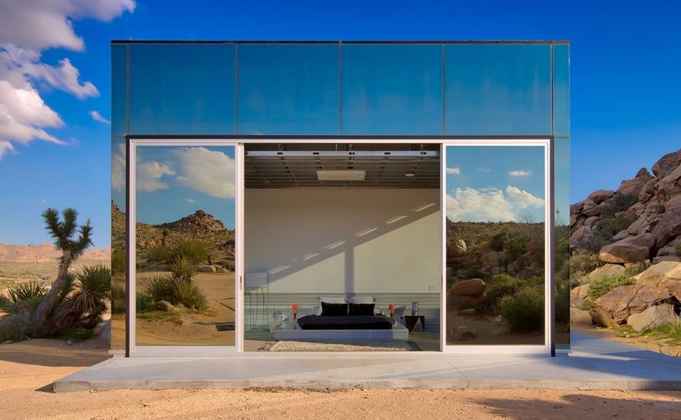 Invisible House en California