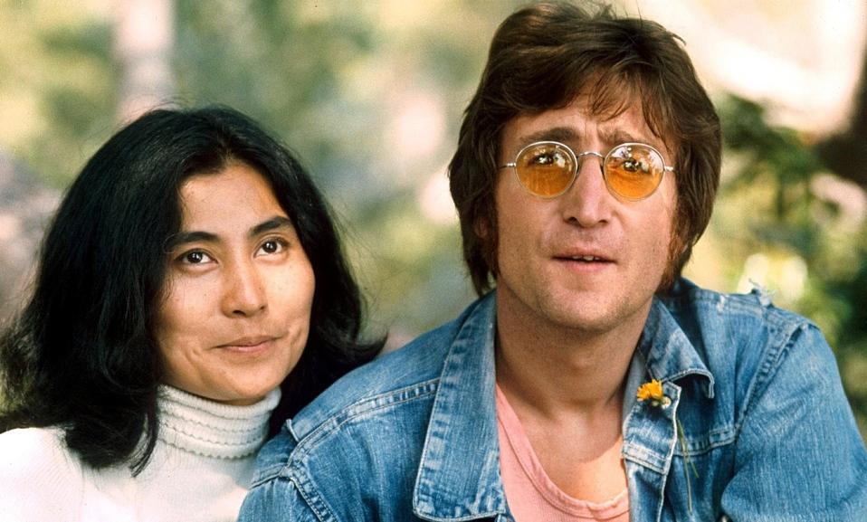 John Lennon y Yoko Ono: La historia de amor más famosa de