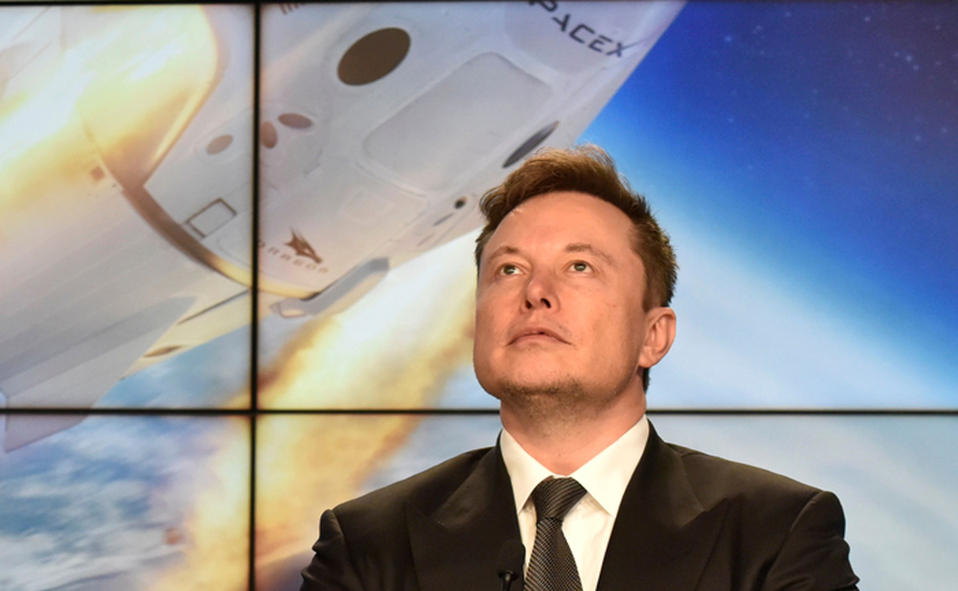 Elon 3